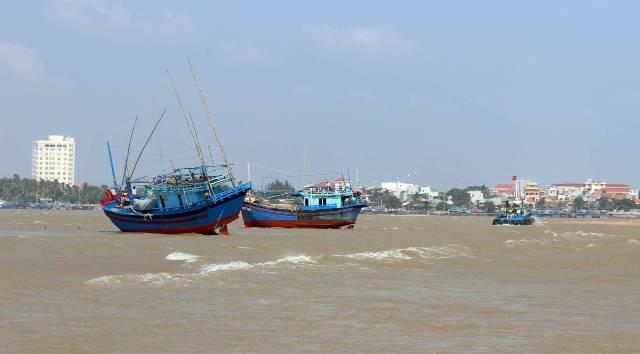 Phú Yên: Ngư dân mong muốn cửa biển Đà Diễn sớm được khơi thông